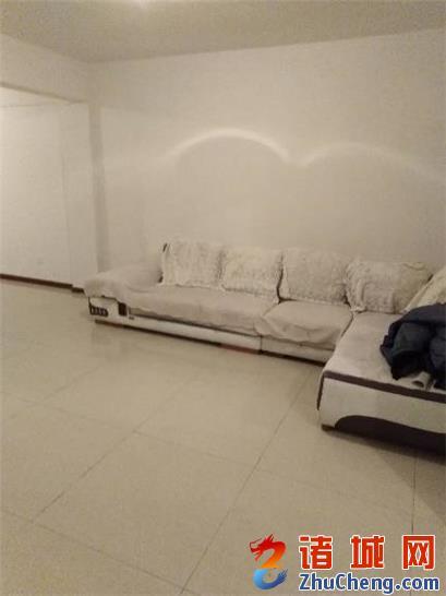 3室/1100元/94平米/四楼出租,简装修,价可议